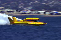 The U-10, driver Mark Weber..Hydros-PROP Bayfair,San Diego,CA,USA 9.17.2000.©F.Peirce Williams 2000..