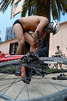 México, D.F.- 13 junio 2015  <br /> Hundreds of cyclists took part in the tenth edition of the World Naked Bike Ride 2015 Mexico who walked naked downtown Mexico City.<br /> <br /> México, D.F.- 13 junio 2015  <br /> Cientos de ciclistas participaron en la décima edición del World Naked Bike Ride México 2015, quienes recorrieron desnudos el centro de la ciudad de México