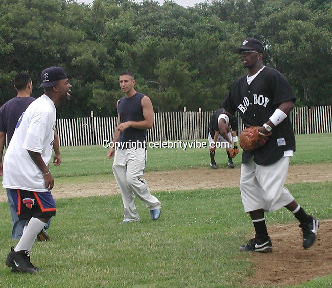 Damon Dash & Sean Puffy Combs .Bad Boy vs. Rocafella Baseball Game.To benefit disadvantaged kids.Stony Park.Easthampton, NY.July 4th, 2001.Photo by Celebrityvibe.com..