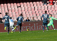 Simone Verdi  shoots and scores  in action during the Italian Serie A soccer match between   SSC Napoli and Empolii    at San Paolo   stadium in Naples , December 07, 2014<br /> gol  Simone Verdi