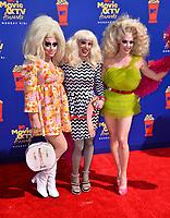 SANTA MONICA, USA. June 16, 2019: Trixie Mattel, Katya & Alyssa Edwards at the 2019 MTV Movie & TV Awards at Barker Hangar, Santa Monica.<br /> Picture: Paul Smith/Featureflash