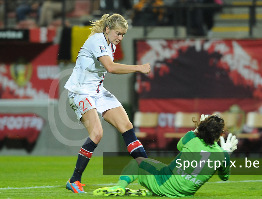 20140410 - LEUVEN , BELGIUM : Norwegian Ada Hegerberg (21) pictured during the female soccer match between Belgium and Norway, on the seventh matchday in group 5 of the UEFA qualifying round to the FIFA Women World Cup in Canada 2015 at Stadion Den Dreef , Leuven . Thursday 10th April 2014 . PHOTO DIRK VUYLSTEKE