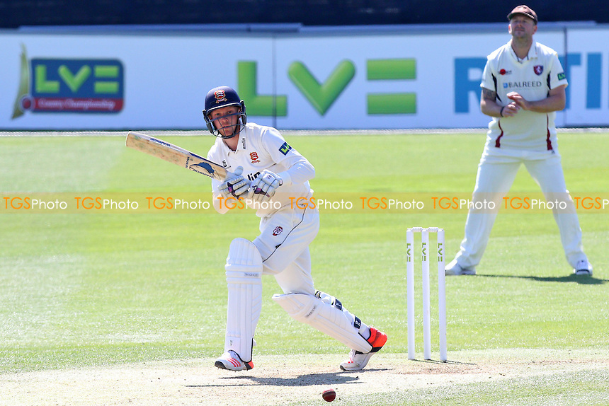 Jamie Porter in batting action for Essex - Essex CCC vs Kent CCC - LV County Championship Division Two Cricket at the Essex County Ground, Chelmsford, Essex - 21/04/15 - MANDATORY CREDIT: TGSPHOTO - Self billing applies where appropriate - contact@tgsphoto.co.uk - NO UNPAID USE