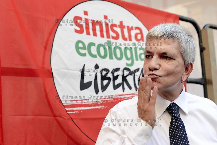 Roma, 4 Ottobre 2014<br /> Piazza Santi Apostoli<br /> Manifestazione di Sinistra, Ecologia e Libertà per una nuova politivca economica, contro l'austerity.<br /> <br /> Nichi Vendola, segretario Sel.