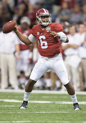 January 02, 2015:  Alabama quarterback Blake Sims (6) passes the ball during NCAA Football game action between the Ohio State Buckeyes and the Alabama Crimson Tide at Mercedes-Benz Superdome in New Orleans, Louisiana.  Ohio State defeated Alabama 42-35.