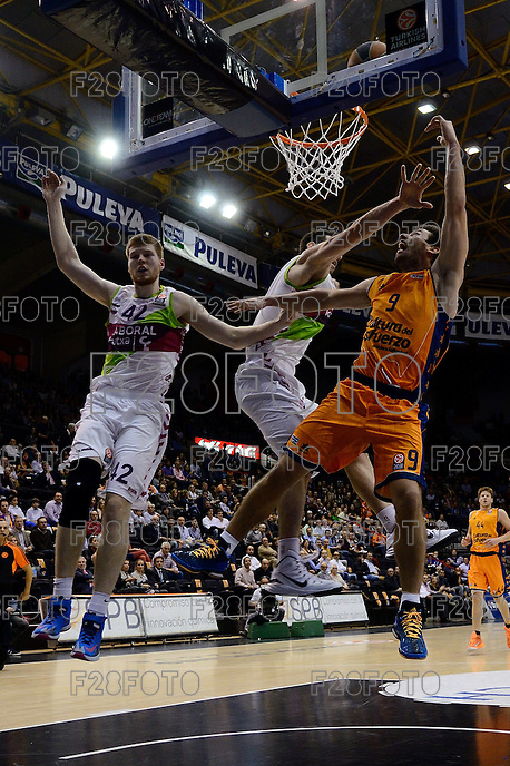 Van Rossom vs Shengelia & Bertans<br />