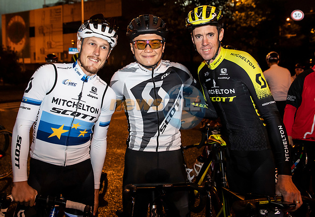European Champion Matteo Trentin (ITA) and Mathew Hayman (AUS) Mitchelton-Scott riding with fans at the media day before the 2018 Shanghai Criterium, Shanghai, China. 16th November 2018.<br /> Picture: ASO/Alex Broadway | Cyclefile<br /> <br /> <br /> All photos usage must carry mandatory copyright credit (© Cyclefile | ASO/Alex Broadway)