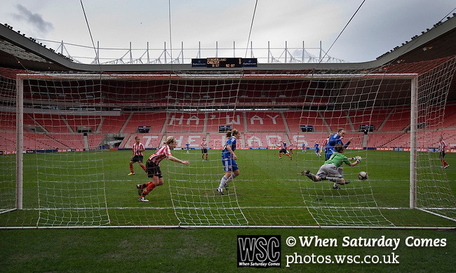 Sunderland Ladies 3 Chelsea Ladies 0, 22/03/2009. Stadium of Light, FA cup semi-final. Photo by Paul Thompson.