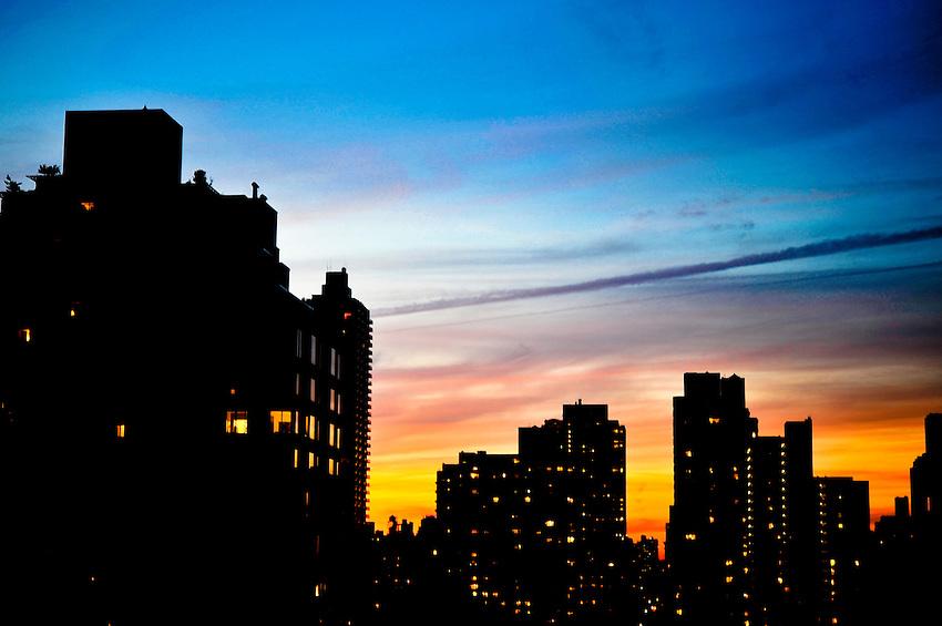 Upper East Side sunset. Manhattan, New York. October 26, 2009.