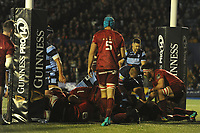 Nick Williams of Cardiff Blues scores his sides first try during the Guinness Pro14 Round 4 match between Cardiff Blues and Munster Rugby at the Cardiff Arms Park Stadium  in Cardiff, Wales, UK. Friday 21 September 2018