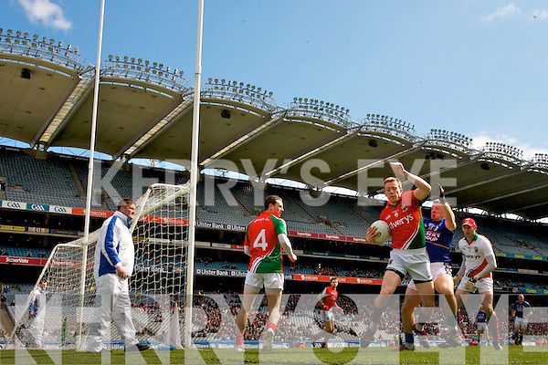 Kieran OLeary Kerry in action against Donal Vaughan Mayo in the National Football League Semi Final at Croke Park on Sunday.