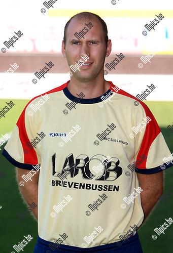 2010-07-28 / Voetbal / seizoen 2010-2011 / Sint Lenaarts / Kevin Dijck..Foto: mpics
