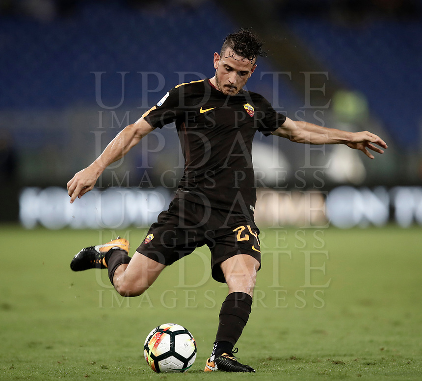 Calcio, Serie A: Roma, stadio Olimpico, 16 settembre 2017.<br /> Roma's Alessandro Florenzi in action during the Italian Serie A football match between AS Roma and Hellas Verona at Rome's Olympic stadium, September 16, 2017.<br /> UPDATE IMAGES PRESS/Isabella Bonotto