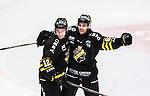 Stockholm 2014-10-02 Ishockey Hockeyallsvenskan AIK - BIK Karlskoga :  <br /> AIK:s Joakim Hagelin firar sitt 2-1 m&aring;l med Fredrik Hynning <br /> (Foto: Kenta J&ouml;nsson) Nyckelord:  AIK Gnaget Hockeyallsvenskan Allsvenskan Hovet Johanneshovs Isstadion Bofors BIK Karlskoga jubel gl&auml;dje lycka glad happy