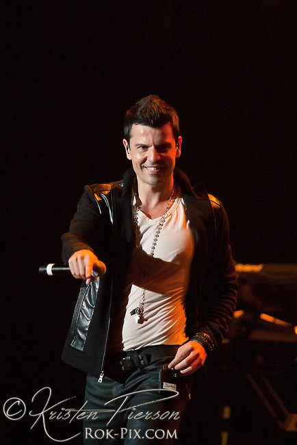 """Jordan Knight performs at the Zeiterion Theater for the Fun 107 """"Girls Night Out"""" concert on August 20, 2011"""