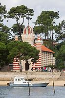 France, Gironde (33), Bassin d'Arcachon, Le Cap-Ferret, L'Herbe, chapelle de la villa algérienne, style mauresque //  France, Gironde, Bassin d'Arcachon, Le Cap Ferret, L'Herbe, chapel of the moorish designed Villa Algerienne