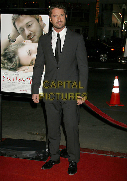"GERARD BUTLER.""P.S. I Love You"" Los Angeles Premiere at Grauman's Chinese Theatre, Hollywood, California, USA,.9 December 2007..full length suit tie.CAP/ADM/RE.©Russ Elliott/AdMedia/Capital Pictures."