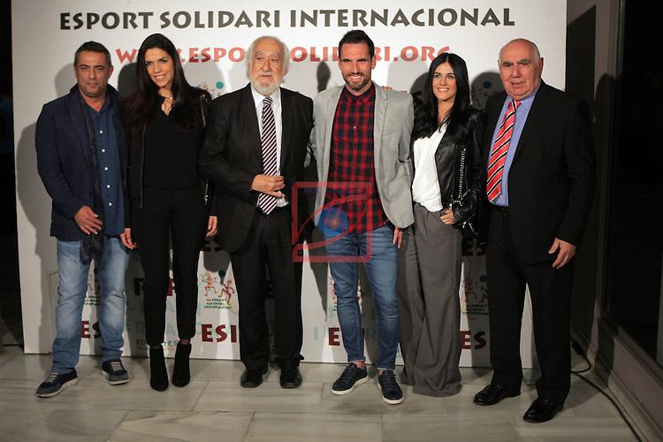 XIe Sopar Solidari d'ESI (Esport Solidari Internacional).<br /> Josep Maldonado con la delegaci&oacute;n blanquiazul, con Jose M. Calzon &amp; Anaitz Arbilla entre ellos.