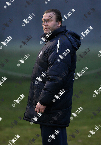2010-01-19 / Voetbal / seizoen 2009-2010 / KV Turnhout / Luc Beyens..Foto: mpics