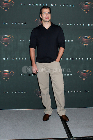 MEXICO CITY, MEXICO - JUNE 07: Actor Henry Cavill attends a photocall to promote his new film 'The Man Of Steel (El Hombre De Acero)' at St Regis Hotel on June 7, 2013 in Mexico City, Mexico. Credit: KDNpix/MediaPunch Inc. ***FOR USA ONLY***