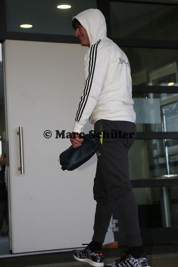 Bundestrainer Joachim Löw kommt an - Training der Deutschen Nationalmannschaft, Wurfplatz Berlin