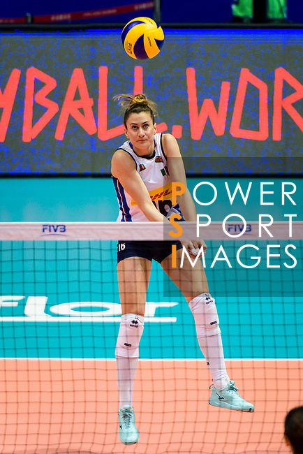Lucia Bosetti of Italy serves the ball during the FIVB Volleyball Nations League Hong Kong match between China and Italy on May 31, 2018 in Hong Kong, Hong Kong. Photo by Marcio Rodrigo Machado / Power Sport Images
