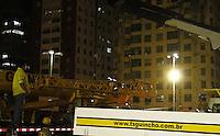 RECIFE-PE-03.02.2016- CARNAVAL-PE- Ponte Duarte Coelho fechada para receber a montagem da escultura do Galo da Madrugada, nesta quarta-feira,03.  (Foto: Jean Nunes/Brazil Photo Press)