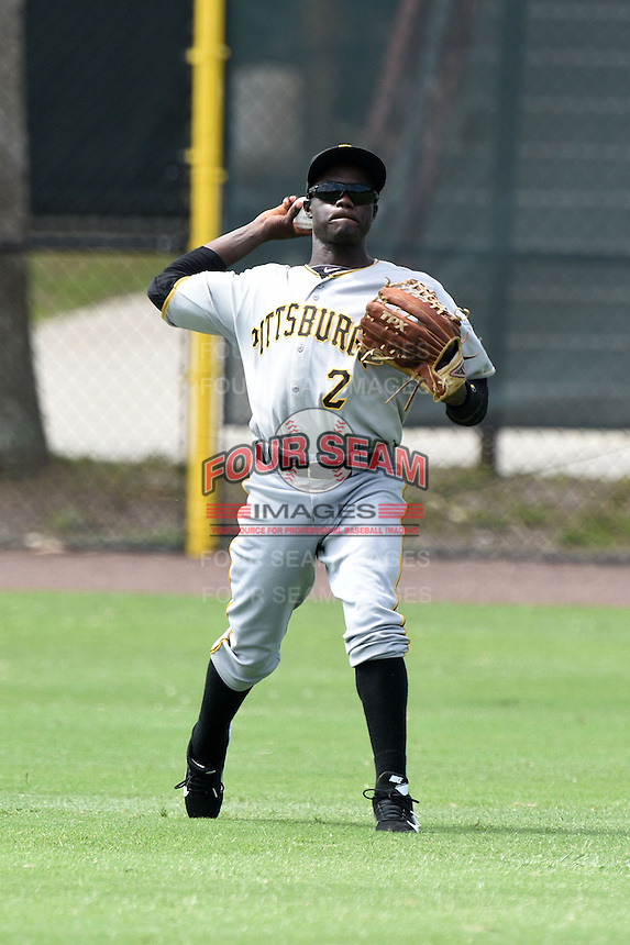 GCL Pirates outfielder Luis Benitez (2) during practice before a game against the GCL Phillies on June 26, 2014 at the Carpenter Complex in Clearwater, Florida.  GCL Phillies defeated the GCL Pirates 6-2.  (Mike Janes/Four Seam Images)