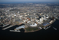 1995 February ..Redevelopment..Macarthur Center.Downtown North (R-8)..LONG SHOT LOOKING NORTHEAST WITH DOWNTOWN & WATERFRONT IN FOREGROUND...NEG#.NRHA#..
