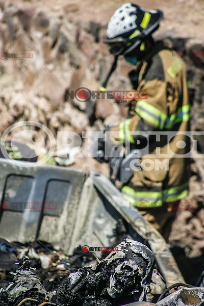 Mueren 8 personas calcinadas luego de que el conductor salió de la carretera en el tramo de Hermosilo a Guaymas