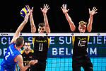 13.09.2019, Paleis 12, BrŸssel / Bruessel<br />Volleyball, Europameisterschaft, Deutschland (GER) vs. Serbien (SRB)<br /><br />Angriff Uros Kovacevic (#2 SRB) - Block / Doppelblock Lukas Kampa (#11 GER), Anton Brehme (#12 GER)<br /><br />  Foto © nordphoto / Kurth