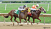 Looking For Lucky winning at Delaware Park on 9/11/14