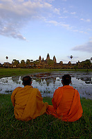 Cambodia 3 - People, Lifestyle Phnom Penh, Siem Reap, Angkor Wat, Temples, Culture, Art