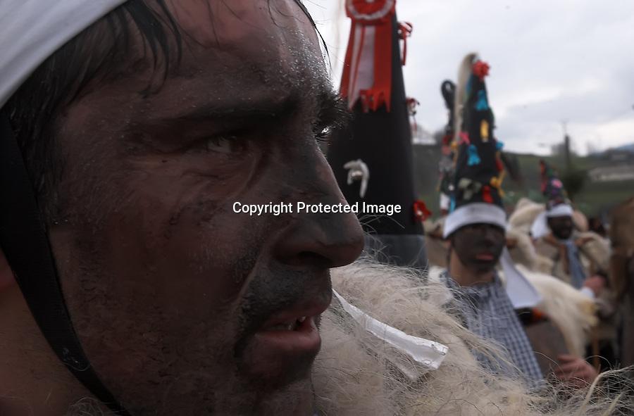 Carnaval de la vijanera en la localidad cantabra de Silio..foto JOAQUIN GOMEZ SASTRE©