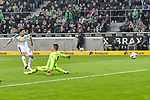 04.11.2018, Stadion im Borussia-Park, Moenchengladbach, GER, 1. FBL, Borussia Moenchengladbach vs. Fortuna Duesseldorf, DFL regulations prohibit any use of photographs as image sequences and/or quasi-video<br /> <br /> im Bild Jonas Hofmann (#23, Borussia M?nchengladbach / Moenchengladbach) macht das Tor zum 2:0<br /> <br /> Foto &copy; nordphoto/Mauelshagen