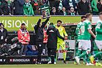 13.04.2019, Weserstadion, Bremen, GER, 1.FBL, Werder Bremen vs SC Freiburg<br /> <br /> DFL REGULATIONS PROHIBIT ANY USE OF PHOTOGRAPHS AS IMAGE SEQUENCES AND/OR QUASI-VIDEO.<br /> <br /> im Bild / picture shows<br /> Spielerwechsel Werder Bremen, Einwechslung Stefanos Kapino (Werder Bremen #27), <br /> <br /> Foto © nordphoto / Ewert