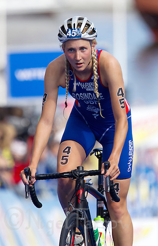 24 AUG 2013 - STOCKHOLM, SWE - Lois Rosindale (GBR) of Great Britain on the bike during the women's ITU 2013 World Triathlon Series round in Gamla Stan, Stockholm, Sweden (PHOTO COPYRIGHT © 2013 NIGEL FARROW, ALL RIGHTS RESERVED)