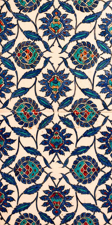 Iznik 09 - Stylized flower and leaf motifs on Iznik tiles in Rustem Pasa Mosque, Eminonu, Istanbul, Turkey