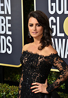 Penelope Cruz at the 75th Annual Golden Globe Awards at the Beverly Hilton Hotel, Beverly Hills, USA 07 Jan. 2018<br /> Picture: Paul Smith/Featureflash/SilverHub 0208 004 5359 sales@silverhubmedia.com