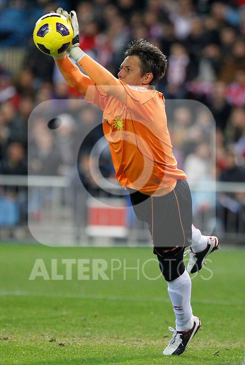 Madrid (31/10/10).- Estadio Vicente Caldeon..Campeonato Nacional de Liga..Atco. Madrid 1- Almeria 1..Diego Alves...©Alex Cid-Fuentes/ ALFAQUI..