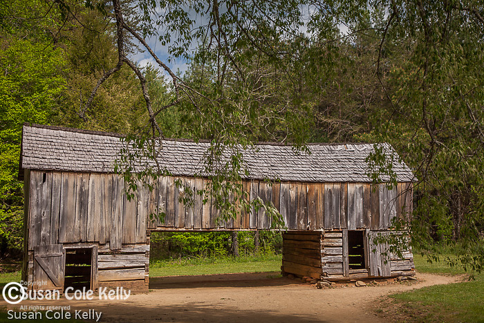 The corn crib in Cades Cove, Great Smoky Mountains National Park, TN, USA