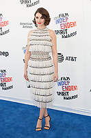 SANTA MONICA, CA - MARCH 3: Alison Brie at the 2018 Film Independent Spirit Awards in Santa Monica, California on March 3, 2018. <br /> CAP/MPI/SR<br /> &copy;SR/MPI/Capital Pictures