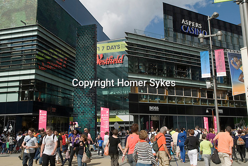 Westfield Shopping Centre Stratford City, Gateway tyo the Olympics  East London Olympic crowds 2012