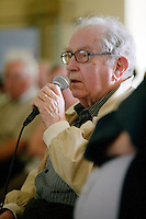 Georges LE MEUR etait deja present lors du tout premier fest-noz moderne que Loeiz ROPARS a organise a Poullaouen le 26 decembre 1954