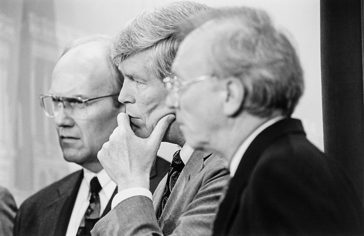 Sen. Larry Craig, R-Idaho, Sen. Connie Mack III, R-Fla. and Sen. Paul Douglas Coverdell, R-Ga., at GOP press confrence attacking the healthcare bill on Aug. 16, 1994. (Photo by Maureen Keating/CQ Roll Call)