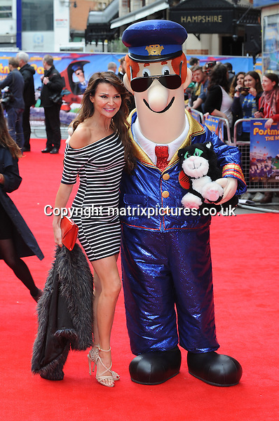 NON EXCLUSIVE PICTURE: PAUL TREADWAY / MATRIXPICTURES.CO.UK<br /> PLEASE CREDIT ALL USES<br /> <br /> WORLD RIGHTS<br /> <br /> English TV presenter Lizzie Cundy attends the World Premiere of Postman Pat: The Movie, Odeon West End, London.<br /> <br /> MAY 11th 2014<br /> <br /> REF: PTY 142244