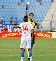 SANTA MARTA- COLOMBIA, 03-03-2019: David Rodríguez Melo referee central.Acción de juego entre los equipos Unión Magdalena y el Deportivo Pasto  durante partido por fecha 8 de la Liga Águila I 2019 jugado en el estadio Sierra Nevada de la ciudad de Santa Marta. /Central Referee David Rodriguez Melo. Action game between  Union Magadalena  and  Deportivo Pasto  during match for the date 8 as part of the  Aguila League  I 2019 played at the Sierra Nevada Stadium in Santa Marta  city. Photo: VizzorImage /Gustavo Pacheco / Contribuidor