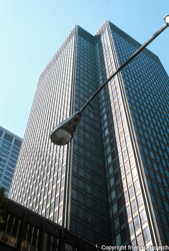 Mies van der Rohe: Seagram Building (rear), New York.