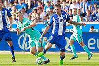 Deportivo Alaves' Carlos Vigaray (r) and FC Barcelona's Gerard Deulofeu during La Liga match. August 26,2017.  *** Local Caption *** © pixathlon<br /> Contact: +49-40-22 63 02 60 , info@pixathlon.de