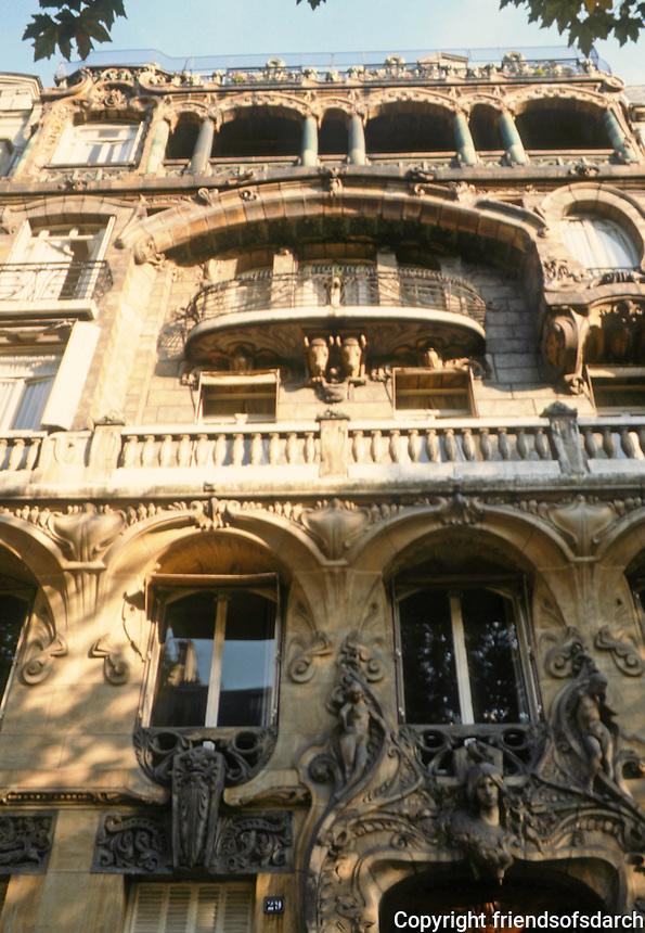 Jules Lavirotte: 29 Avenue Rapp, Facade. 1901. Paris.